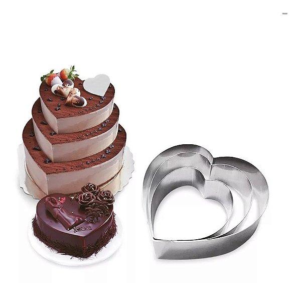 Jogo de aro cortador de bolo coração - Carol Fiorentino