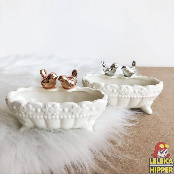 Porta jóias de porcelana