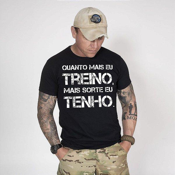 Camiseta de Algodão Estonada Preta Train And Lucky