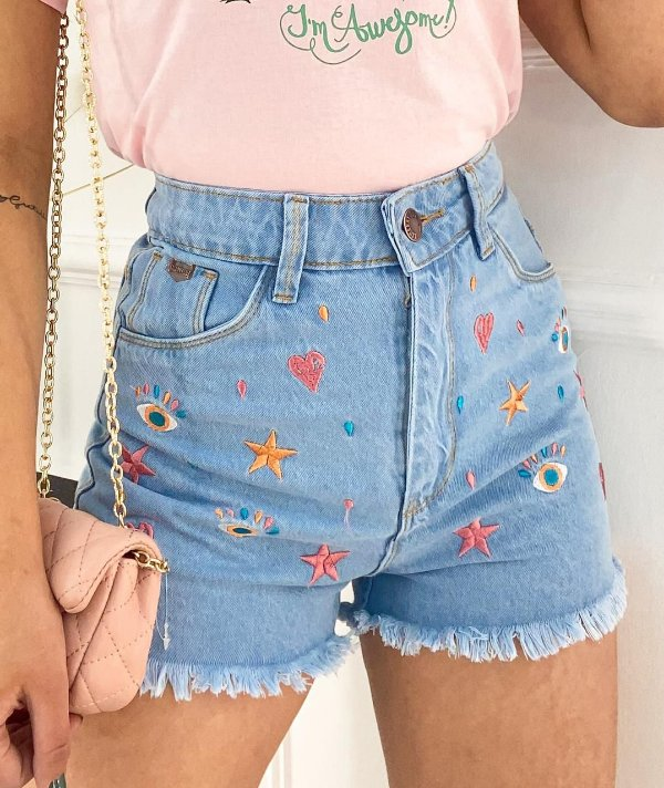Short Jeans Bordado Coração, Olho E Estrela