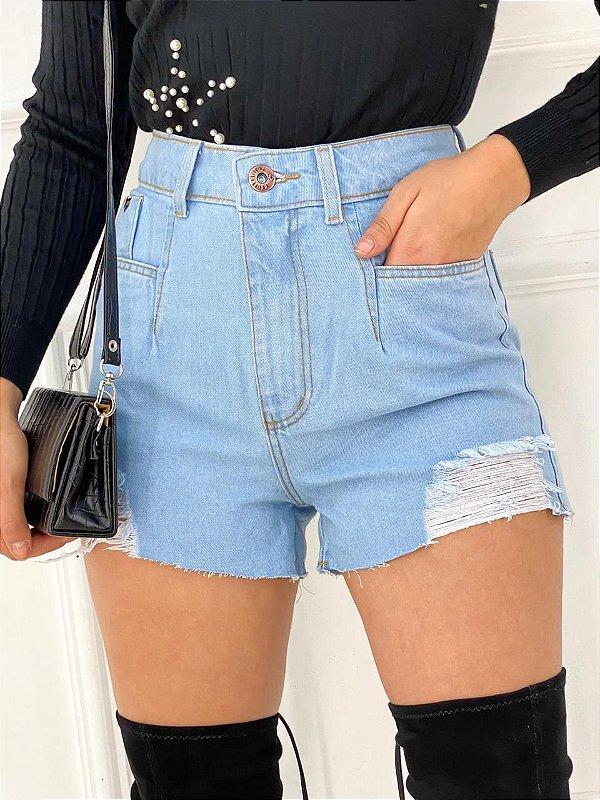 Short Jeans Desfiado Bolso Reto Claro