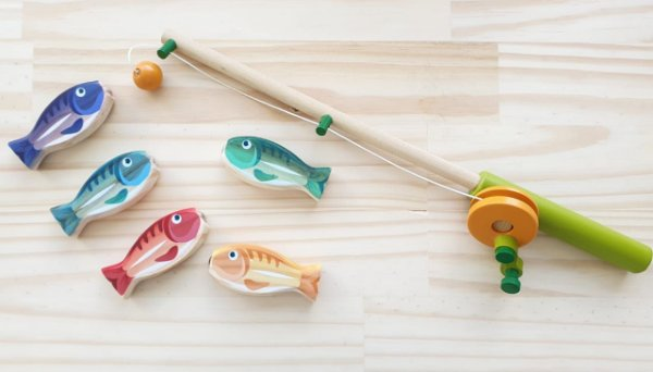 Kit pescaria em madeira com imã