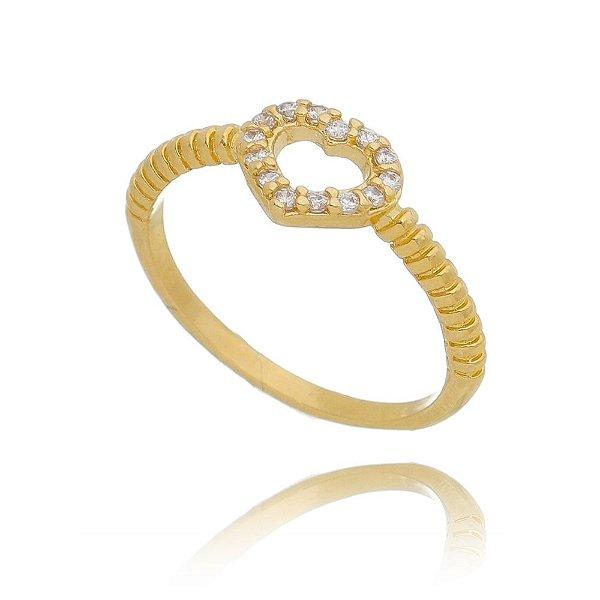 Anel fino  coração vazado com microzircônias   banho ouro 18 K