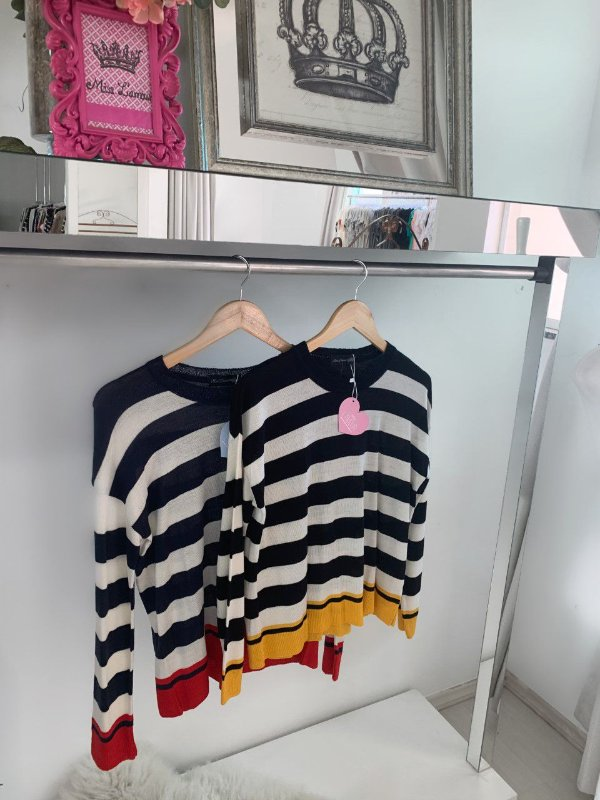 Tricot stripes red
