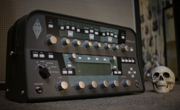 (Semi Novo) Kemper Profiling Powerhead 600w ------- R$ 16.999,00