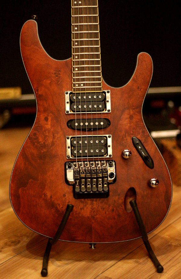 Guitarra Ibanez S770PB Charcoal Brown Flat