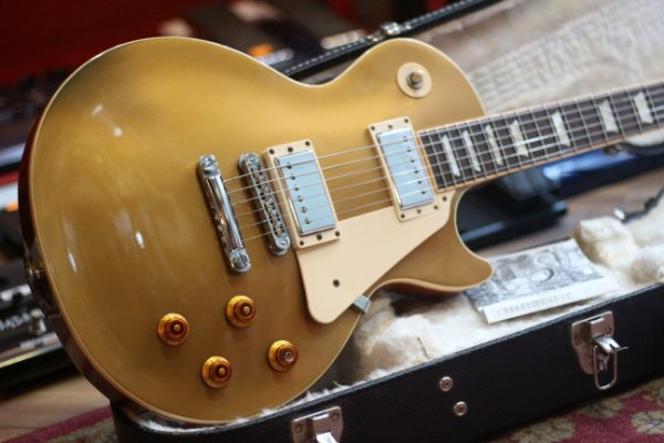 Guitarra Gibson Les Paul Std Premium Plus (Gold Top) 2012