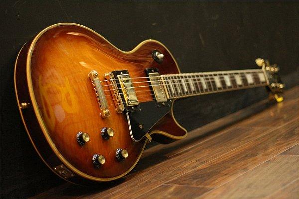 (Semi Novo) Guitarra Hurricane Lespaul Custom (Japan) Seymour Jb + Semi Case --------- R$ 6.899,00
