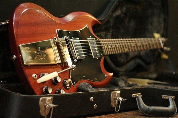 (Semi Novo) Guitarra Gibson Sg Worn Cherry 2009 C/ Vibrola E Hard Case ------- R$ 7.999,00