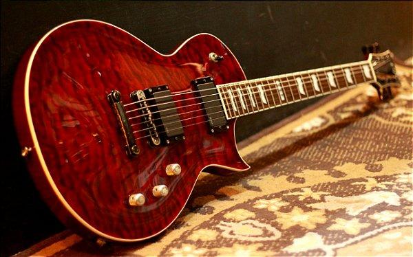 (Semi Novo) Guitarra ESP Eclipse II Qm See Thru Black Cherry (japan) Emg 81/60 ----- R$ 12.990,00