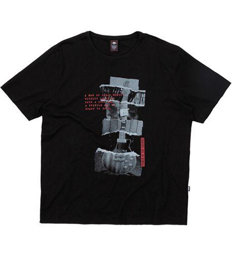 Camiseta Plus Size Preta c/ Estampa de Guitarra