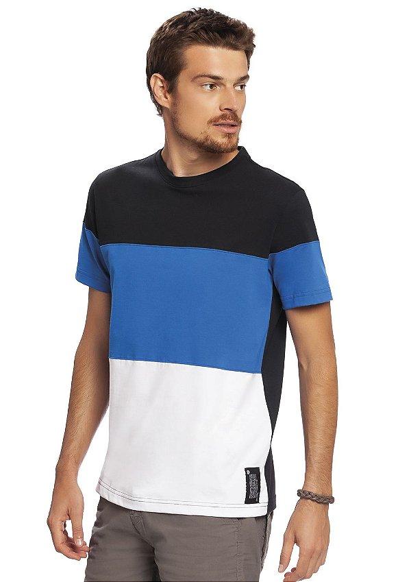Camiseta Adulta Masculina Com recortes e costas em preto