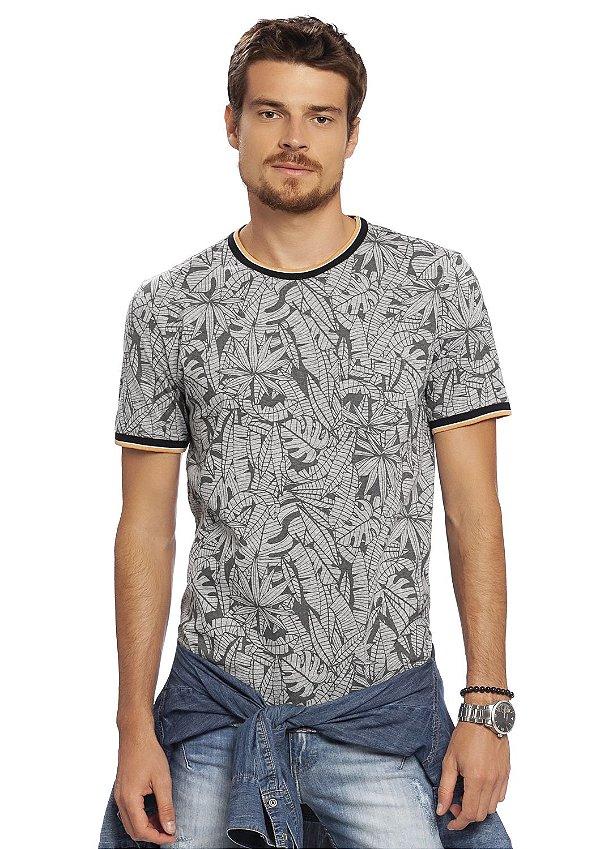 Camiseta Masculina em Mescla Full Print Folhagens