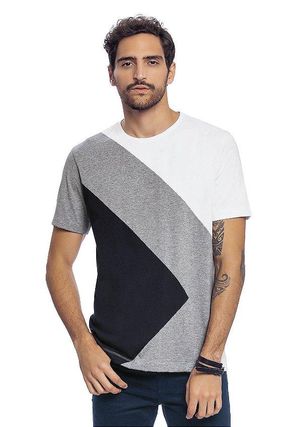 Camiseta Masculina Adulta Recortes em Malha