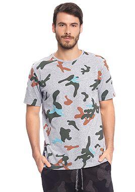 Camisa Masculina Full Print com Camuflado Diferenciado