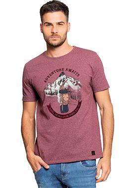 Camiseta Masculina com Estampa de Viagem