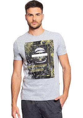 Camiseta Masculina c/ Estampa de Astronauta