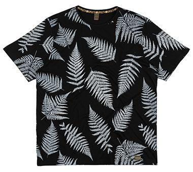 Camiseta Plus Size Masculina c/ estampa de folhas - Preta
