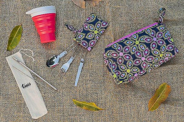 Kit Refeição Zero Lixo - Sonho Hippie - Necessaire Artesanal, Copo Retrátil de Silicone Menos 1 Lixo, Talheres Dobráveis de Metal, Canudos de Aço Inox