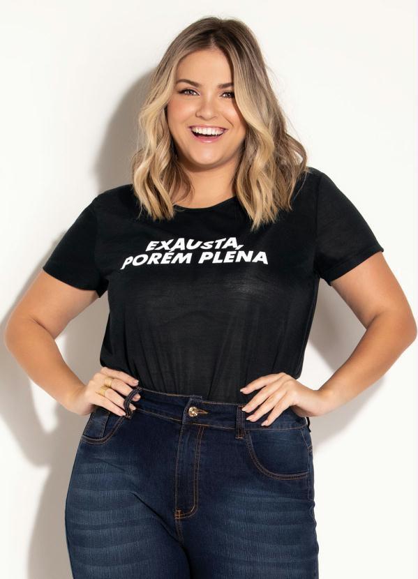 T-shirt Preta Com Estampa Frontal Plus Size