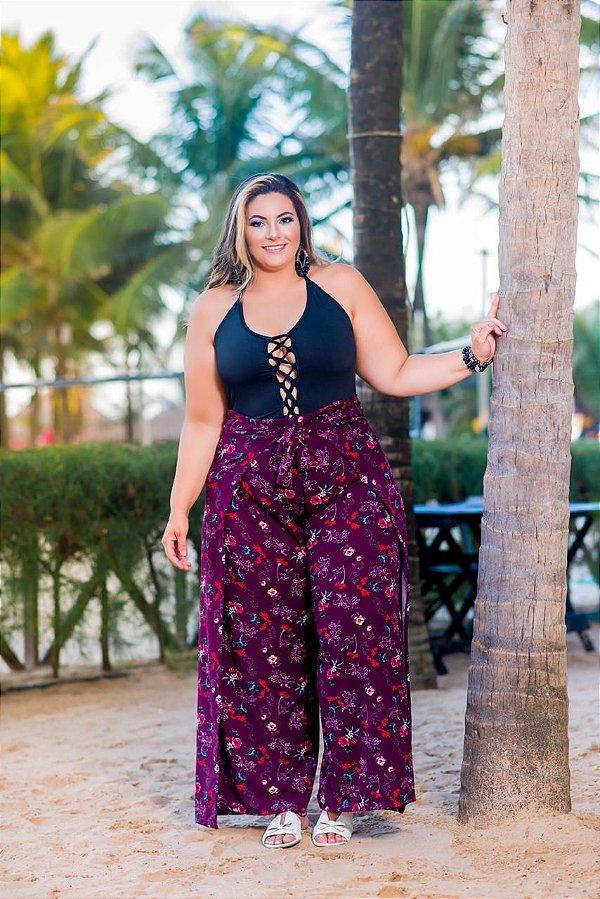 Conjunto Plus calça pantalona roxa e body preto