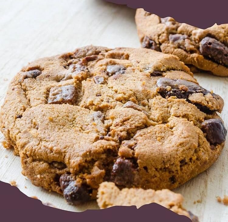 Cookie de amêndoas com nozes e chocolate 33g - nuveg