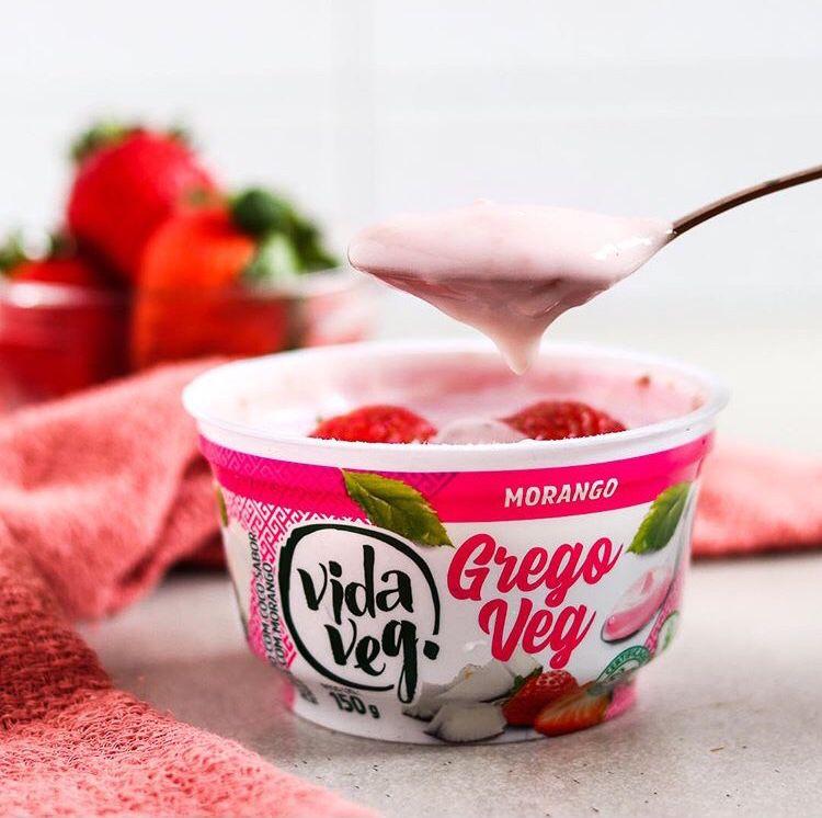 Iogurte GregoVeg morango 150g - Vida Veg