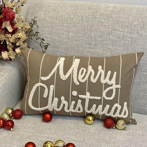 Capa para Almofada Bordada Fluffy Merry Christmas Crú
