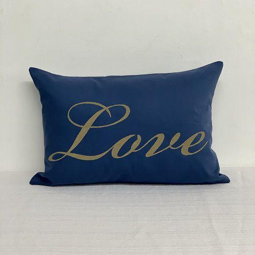 Capa Para Almofada Azul Bordada Love Cáqui