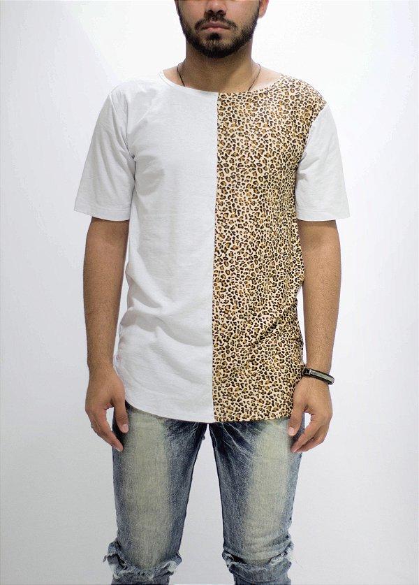 camiseta oversized metade africa