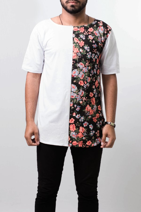 camiseta oversized floral metade