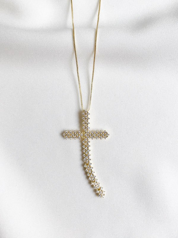 Colar Thássia Cruz Maleável dourada