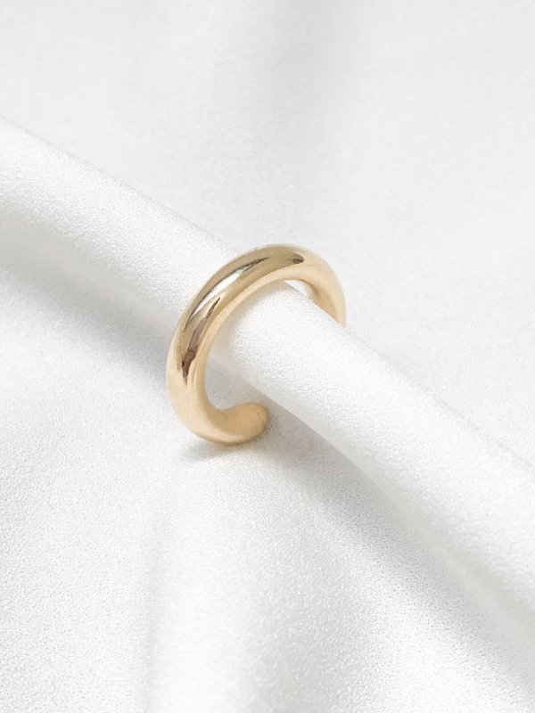 Piercing Fake tubo liso banhado a ouro 18k
