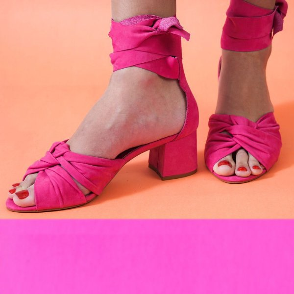 Sandalia nó de amarrar salto médio