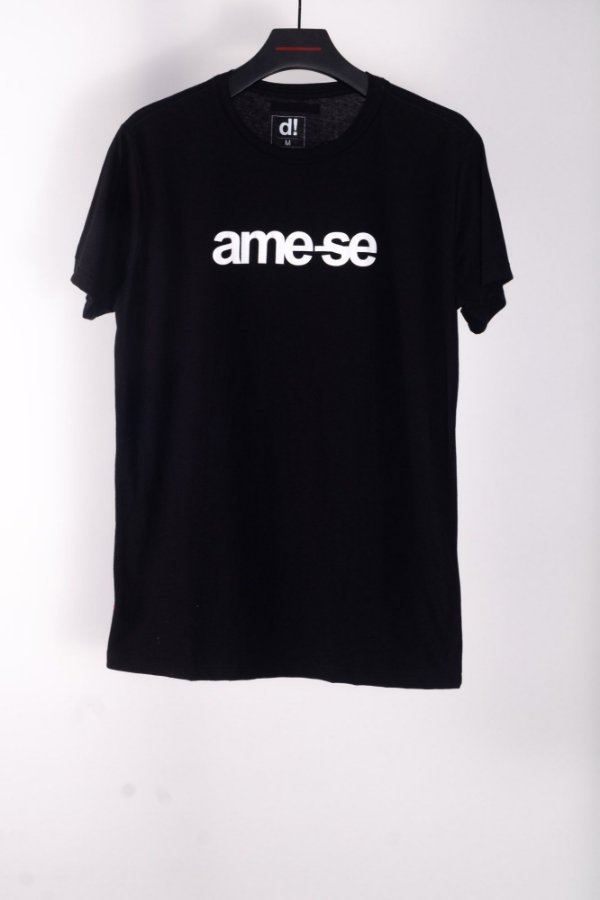 camiseta ame-se preto