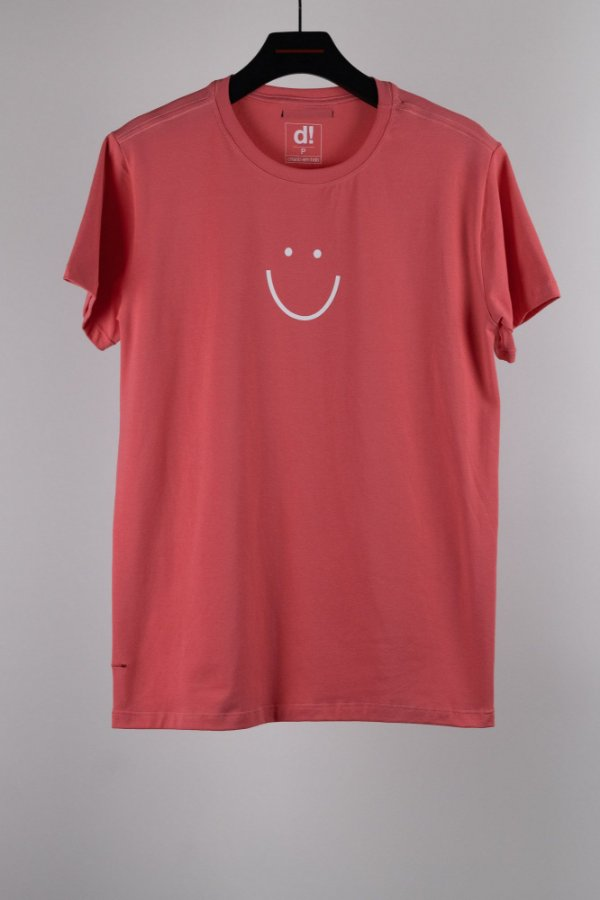camiseta continue sorrindo out. rosa