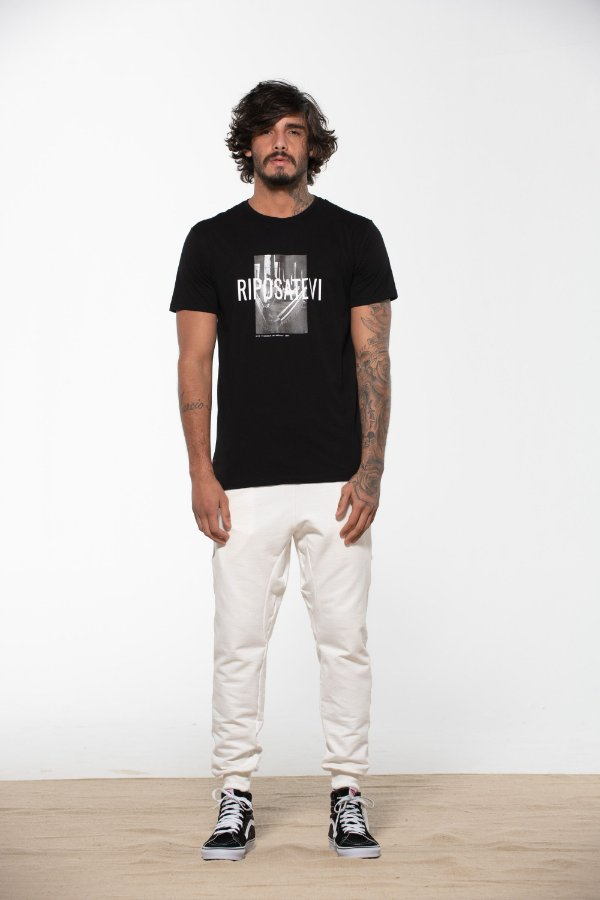 camiseta descansar preto