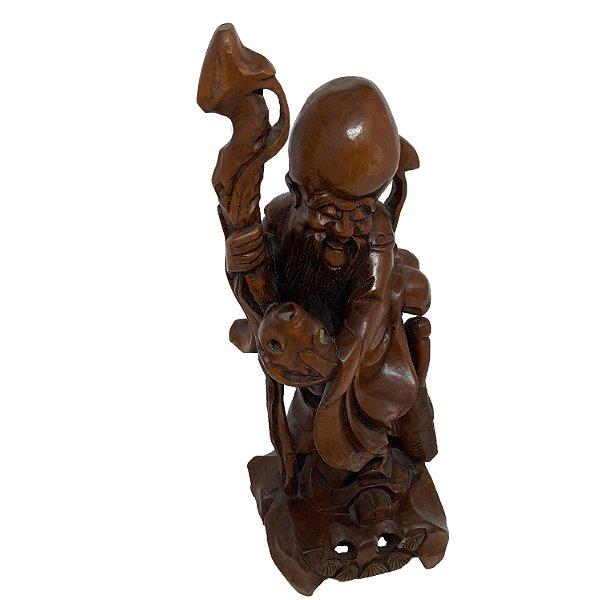 Escultura Chinesa Entalhada em Madeira Anos 60