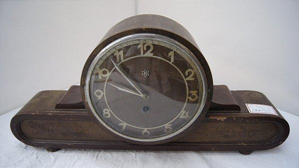 Antigo Relógio De Mesa Inrebra H Feito Em Madeira