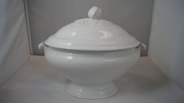 Sopeira Em Porcelana J&G Meaking - Antiga