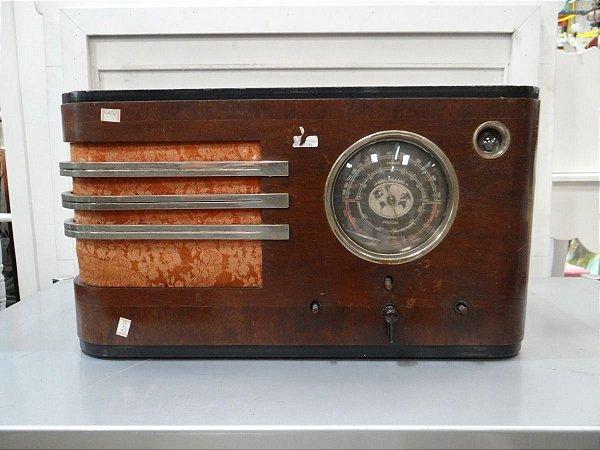Antigo Rádio Keilsradio Valvulado
