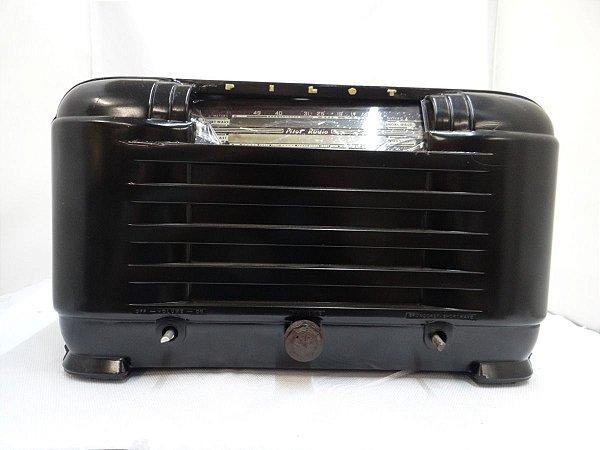 Antigo Rádio Pilot Valvulado