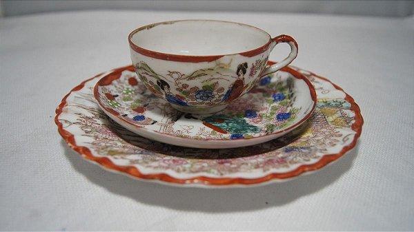 Xícara Chá Café Com Pires Porcelana Japonesa Pintado A Mão