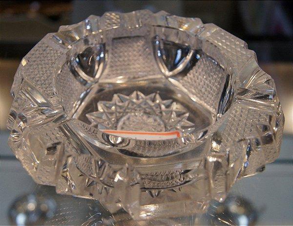 Cinzeiro de Cristal Lapidado