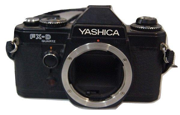 Câmera Analógica Yashica FX-D (Apenas Decoração)