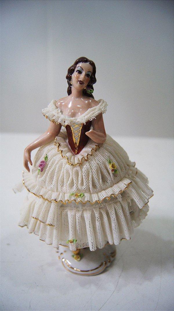 Bibelô Escultura Boneca De Porcelana Dama Renda Inglesa
