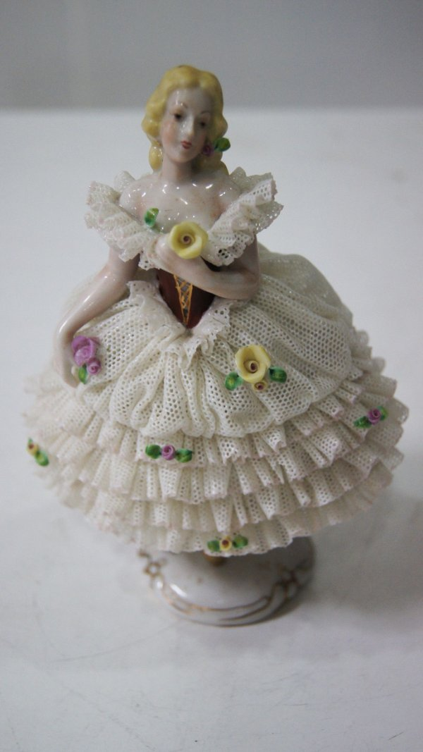 Bibelô Escultura Boneca De Porcelana Renda Inglesa