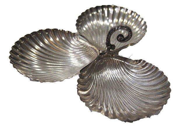 Petisqueira Formato de Conchas Banhada Prata 3 Cavidade
