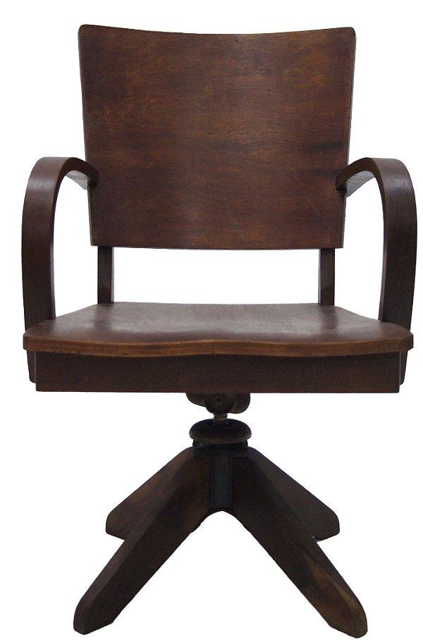 Cadeira Xerife Giratória em Madeira De Imbuia