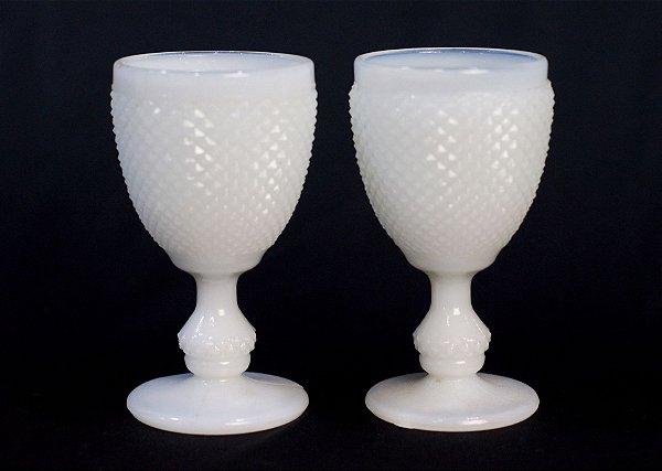 Par de Taça de Opalina Branca
